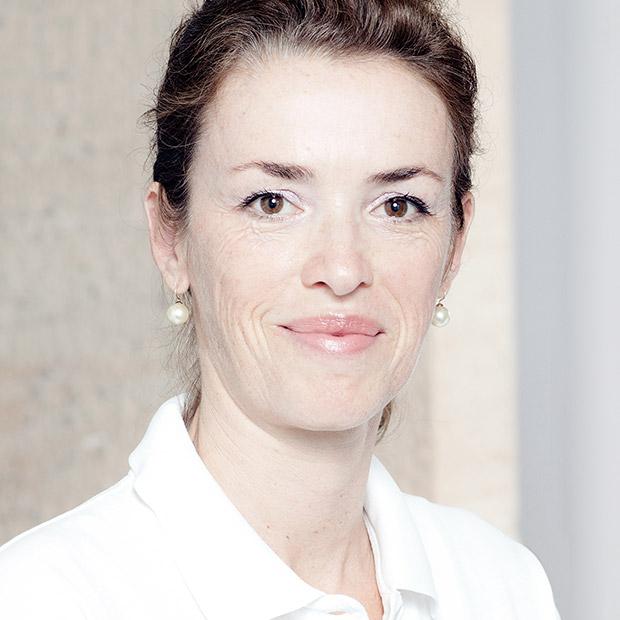 Dr. Barbara Brocker